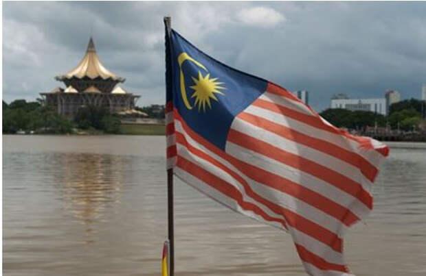 В Малайзии задержали танкер с россиянами