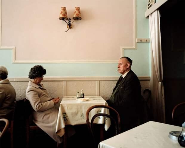 «Я показываю людей такими, какие они есть». Неприглядность быта британских рабочих на откровенных фото Мартина Парра.
