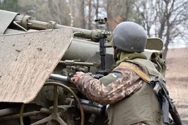 Украинские боевики дважды за вечер обстреляли территорию ДНР