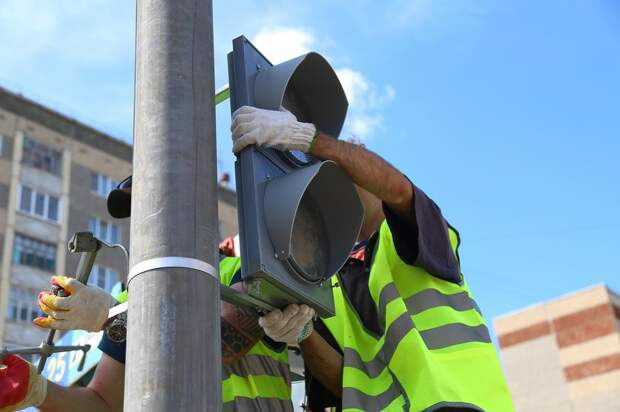 К осени в Ижевске на перекрестке улиц Баранова и Мужвайская начнет работать светофор