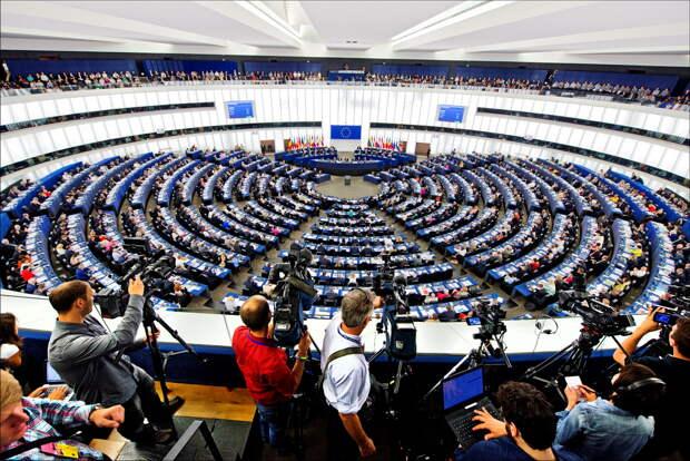 Европарламент принял решения против РФ и Белоруссии: Устоит ли Северный поток-2?