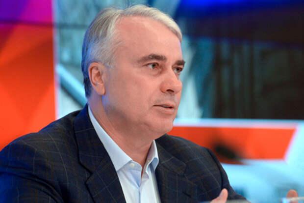 Чубайса поддержали в Госдуме и предложили штрафовать россиян