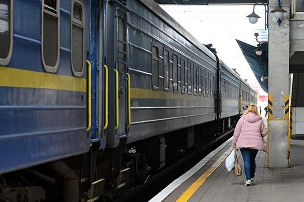 Гордон обрушился с критикой на состояние украинских поездов