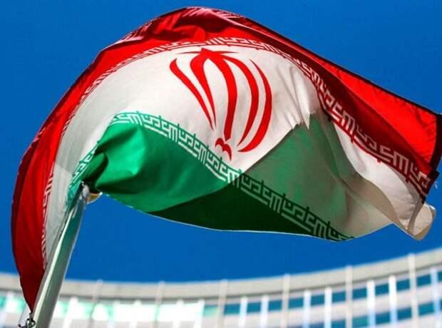 """Иран намеренно """"промахнулся"""" по американским военным"""