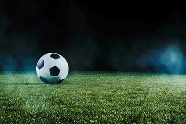 В Ульяновске прямо во время игры в футбол скончался экс-нападающий ульяновской «Волги»
