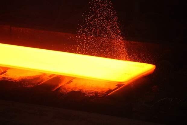 Увидеть,  как рождается сталь