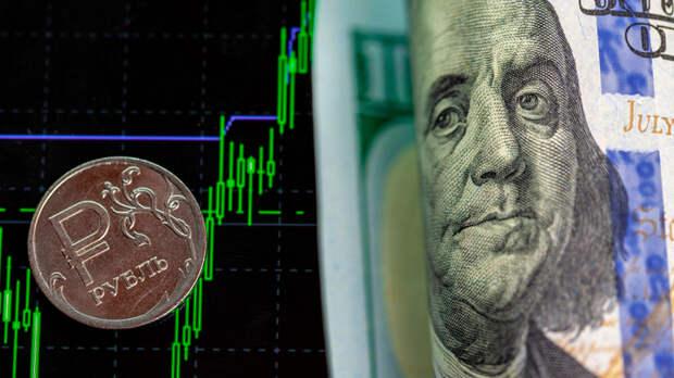 Россия – кредитор всего мира. Она залезает в долги