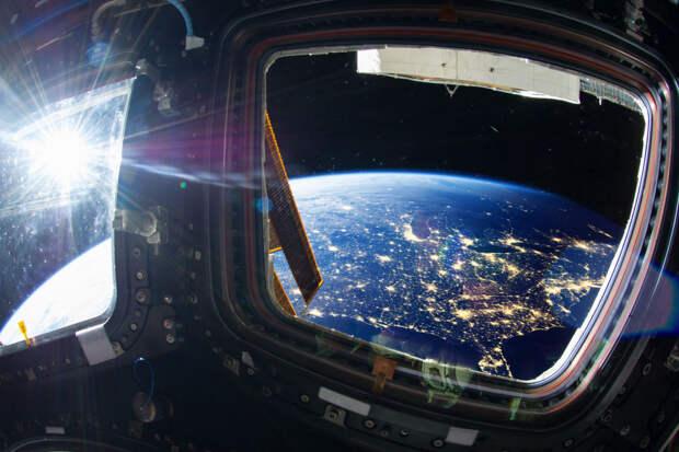 Российским космонавтам поднимут зарплату до 500 тысяч рублей
