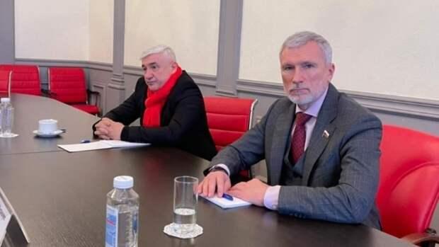 """Председатель партии """"Родина"""" пообещал жителям Пскова разобраться с проблемой яслей"""