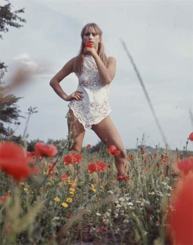 Звезда итальянских комедий 70-х Орхидея де Сантис.