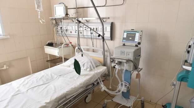 Петербург развернет дополнительные койки для пациентов с COVID-19