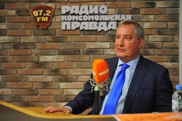 Рогозин опроверг спекуляции вокруг увольнения космонавта Крикалева из Роскосмоса