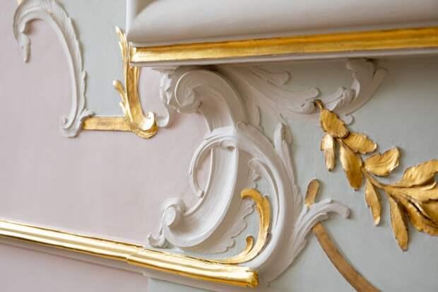 В Ораниенбауме после десятилетней реставрации открылись залы восточной анфилады Китайского дворца. Показываем, как они выглядят, — в трех фото
