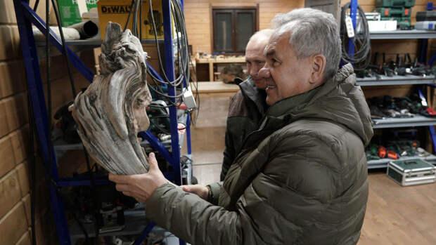 Работы Шойгу продали на аукционе за 40 млн рублей