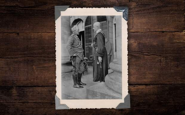 Император Германской империи Вильгельм II и Гетман Скоропадский на встрече в Ставке Верховного командования в Спа, август 1918 года. Коллаж © L!FE Фото: © Wikipedia.org