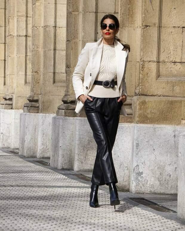 Взрослым женщинам идеально подходят кожаные брюки. /Фото: mtdata.ru