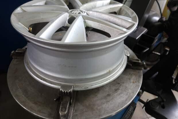 колесный диск в порядке без каких-либо следов