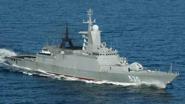 Экипажи кораблей Балтфлота провели артиллерийские и ракетные стрельбы