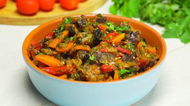 Готовим аджапсандали по кавказскому рецепту: можно подавать и к мясу, и просто есть с хлебом