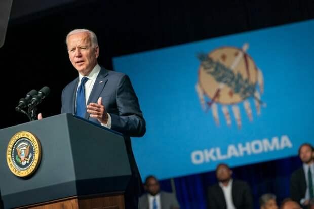 Американист объяснил отказа Байдена проводить общую с Путиным пресс-конференцию