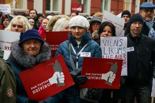 Чем вызвано массовое бегство медиков из Латвии