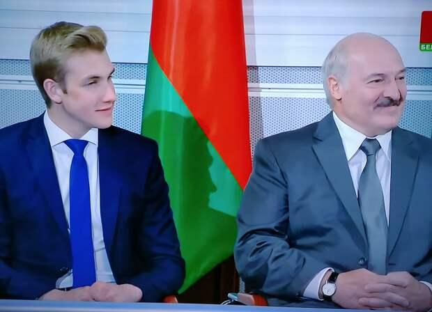 Лукашенко всё испортил. Сдал Ельцина и Зеленского вместо Путина