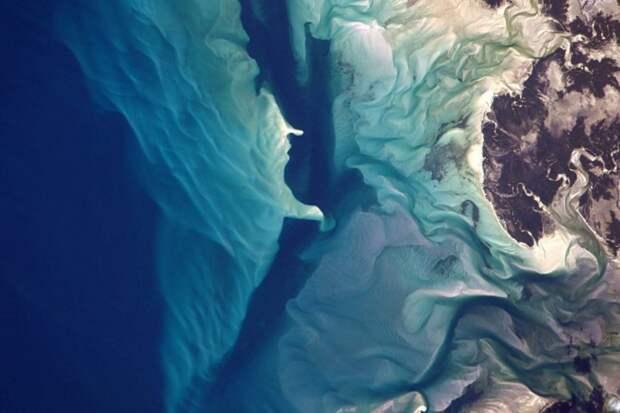 5. Коралловые рифы в Индийском океане у берегов Мозамбик земля, космонавт, космос