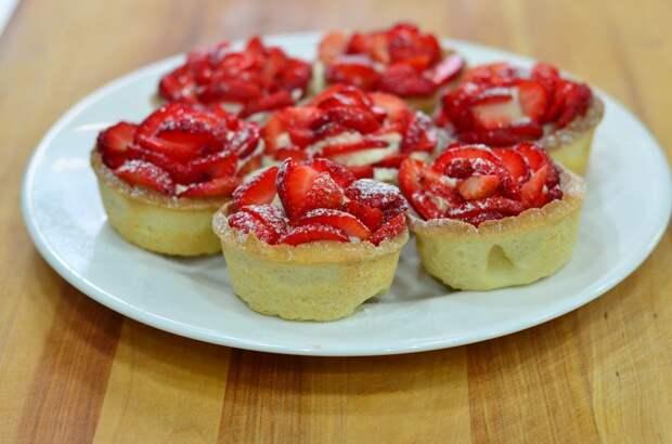 Весенние десерты: легкие и свежие. Подходят даже для тех, кто худеет перед поездкой к морю