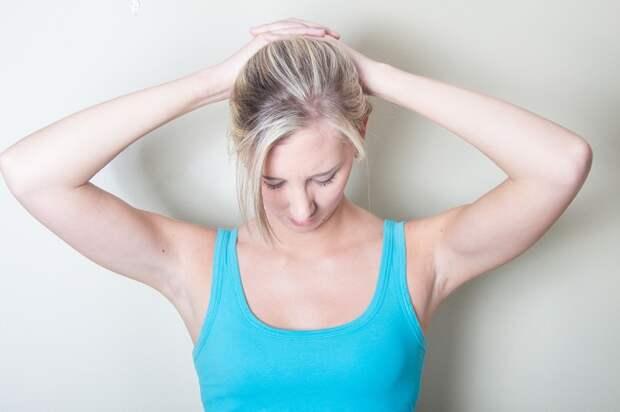 упражнения для подтяжки лица и шеи