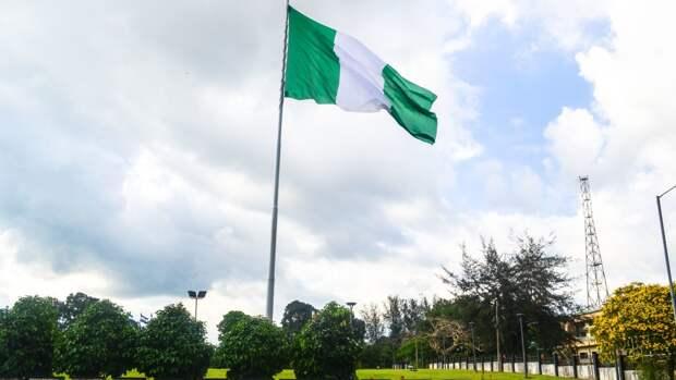 Нигерия возвращает комендантский час на фоне роста заболеваемости COVID-19