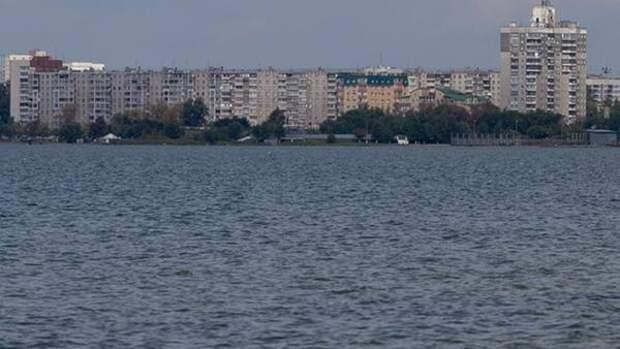 В Челябинске очистят от мусора прибрежную зону водоемов