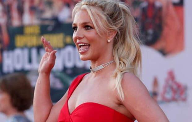 Отец Бритни Спирс согласился отказаться от опекунства над дочерью