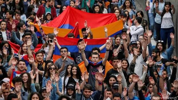 О работе с армянским населением