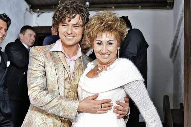 Бывшая жена Прохора Шаляпина выходит замуж: пышное платье и кольцо за 3 миллиона