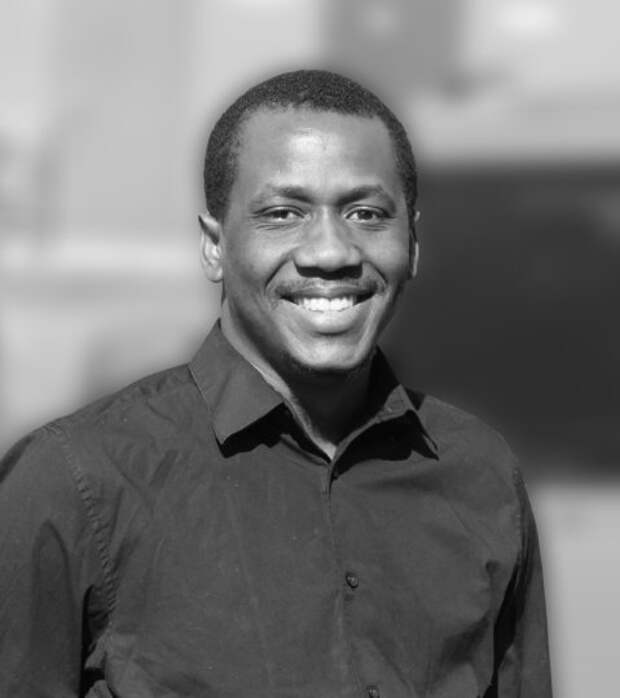 Не сдавайтесь: Адодо Эдди Осаман рассказывает молодежи по всему миру