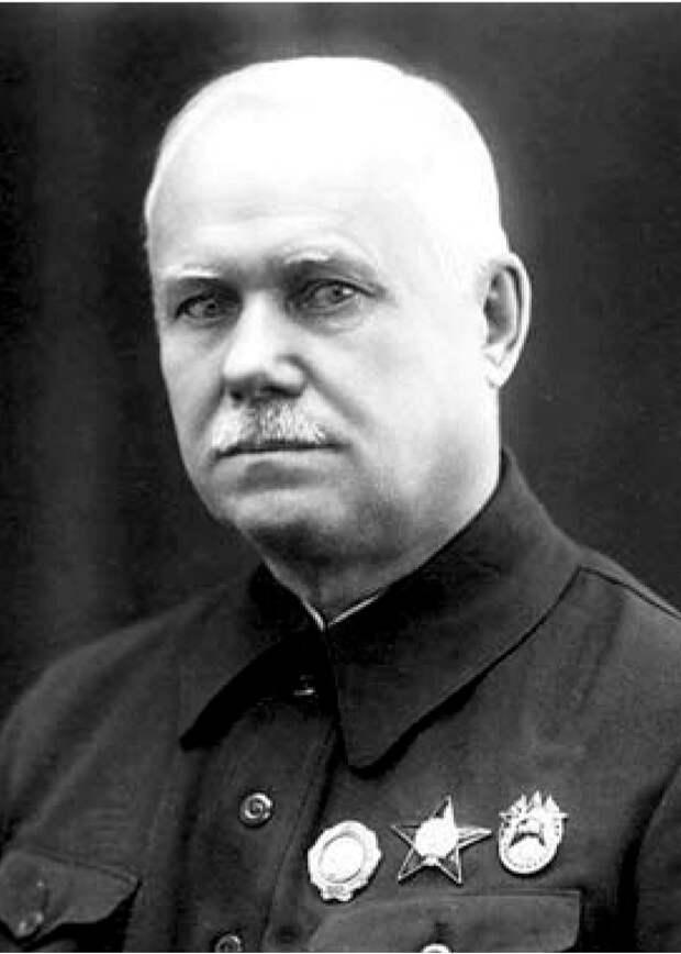 В. А. Дегтярев, создатель ДП-27. <br>