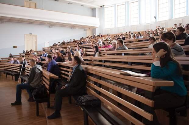 Медицина и ИТ-технологии остаются популярными направлениями в учреждениях СПО Удмуртии