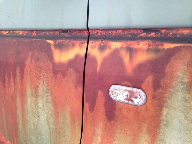 Оригинальная защита от угона новенького автомобиля (12 фото)