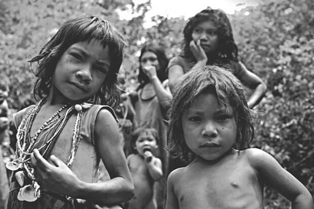 Индейцы пираха: главные загадки самого необычного племени на Земле