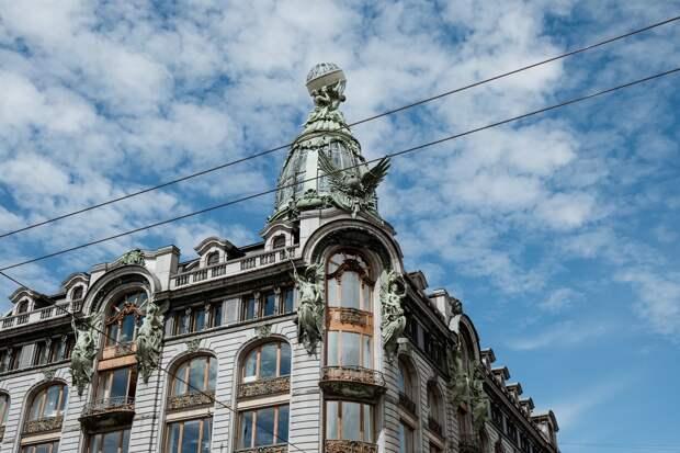 Обычный Петербург: почему есть смысл пойти на экскурсию по жилым домам