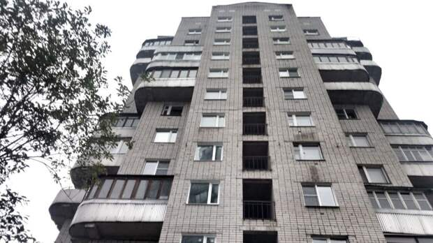В Красноярске произошел пожар в 24-этажном доме