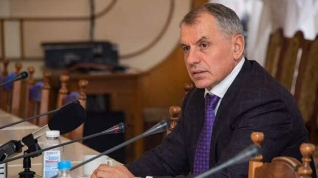 Константинов привел в пример крымским коммунальщикам работу ЖКХ в ДНР и ЛНР