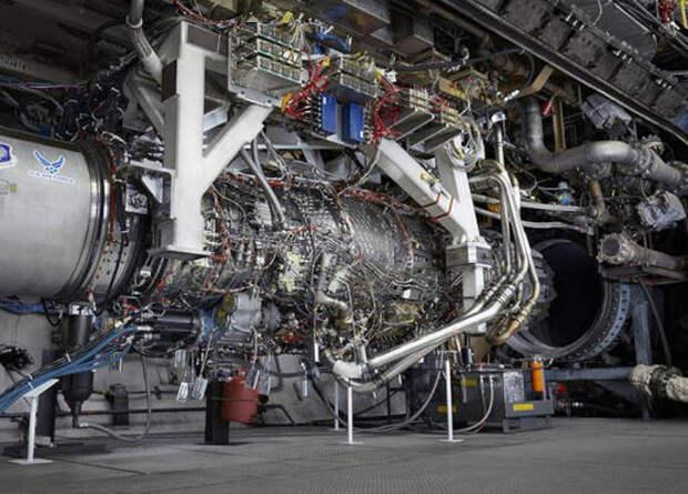 Американцы завершили испытания первого прототипа адаптивного авиадвигателя