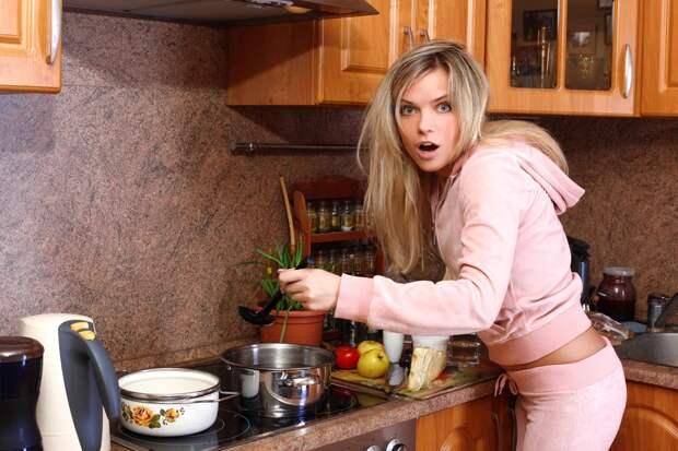 4 вещи, которые перестают носить женщины после замужества