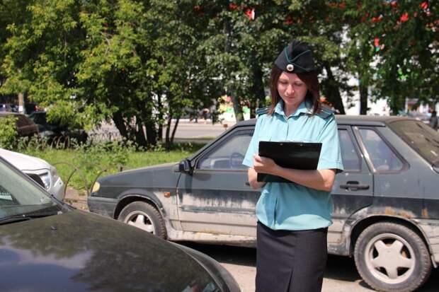 Жительница Удмуртии лишилась автомобиля из-за накопленных долгов