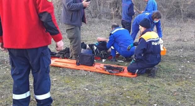 Мужчина сорвался с 15-метрового обрыва в Феодосии