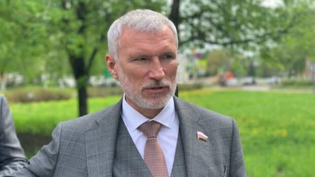Новгородцы пожаловались Журавлеву на истощение людских ресурсов в регионе