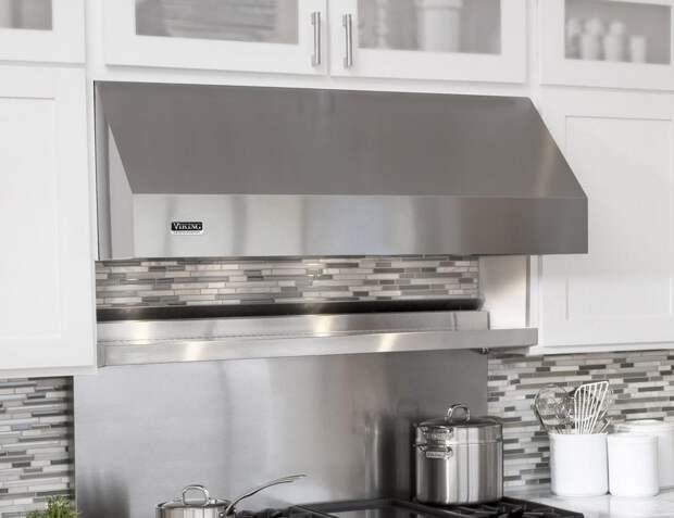 Вентиляция на кухне: устраняем лишние запахи (24 фото)