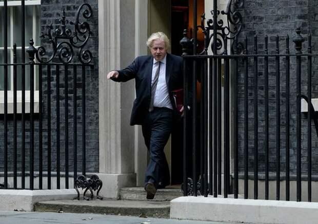 Британские лорды опускают Америку