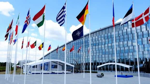 СМИ: НАТО может отказаться от развертывания ядерных ракет в Европе